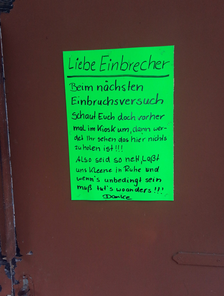 An der Maeckeritzbruecke in Tegel-chewiejpg-b