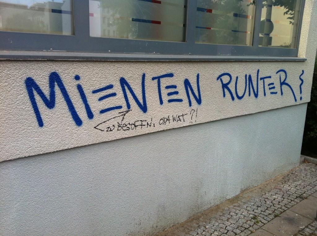 AA Rigaer Str_Fhain_Mel
