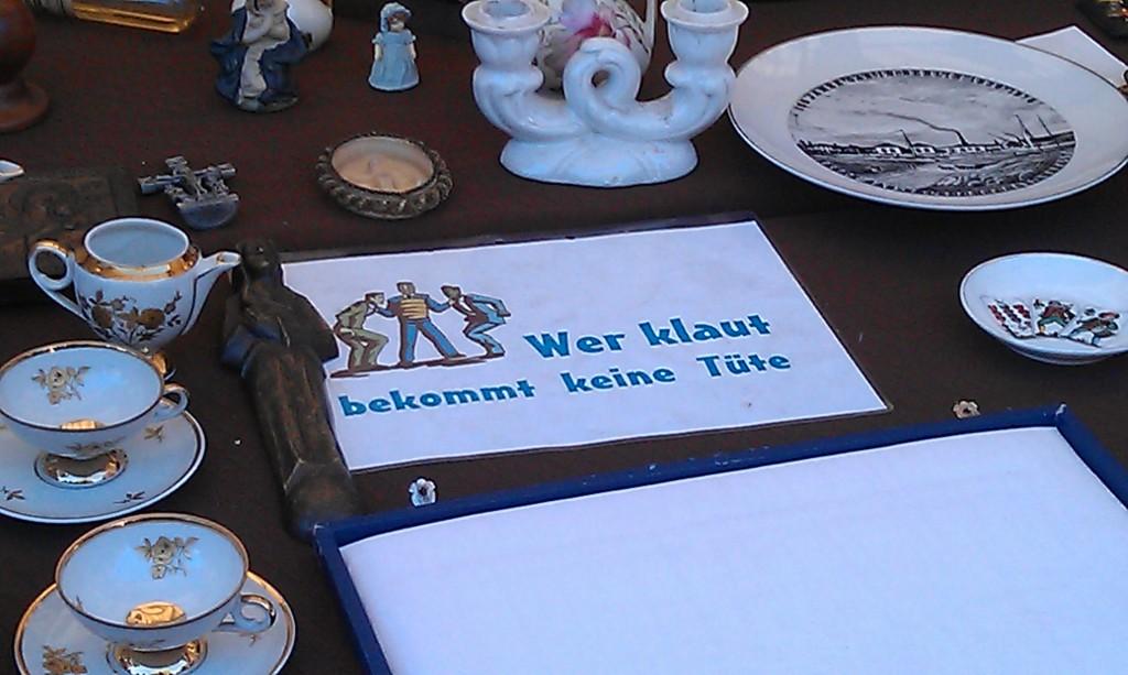 AA Flohmarkt am Ostbhf_Erich-Steinfurth-Str_Janin