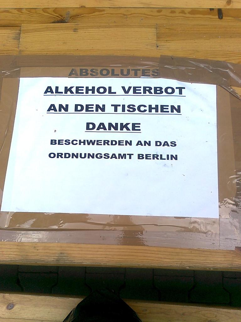 AA Wiener Str_Spaeti_Herr Heuer