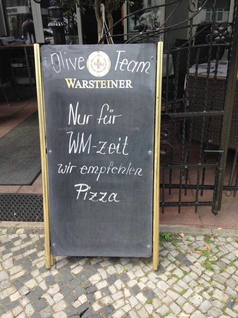AA WM Lietzenburger Str_Tafel-Message_Roman