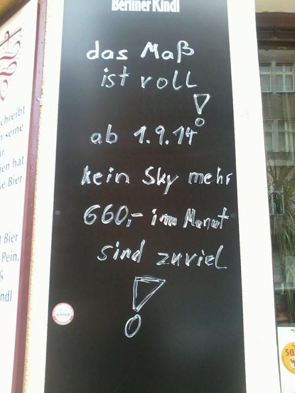 "AA NK_Kneipe ""Zur Traube""_Tafel-Message_Luisa"