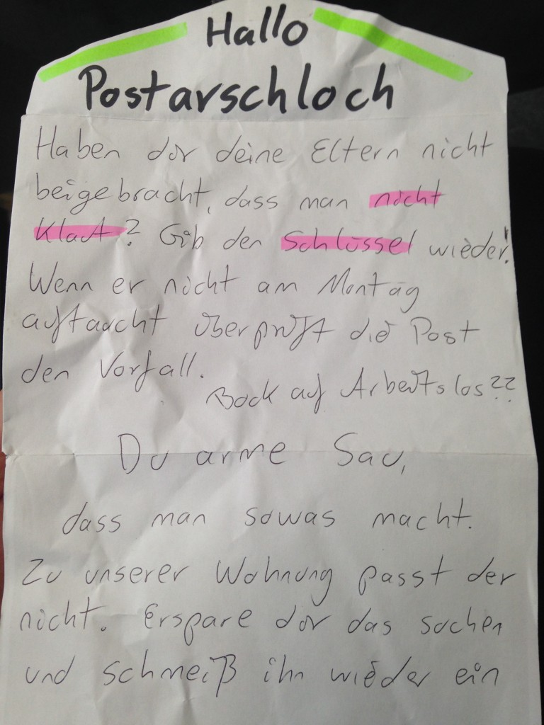 AA Kienitzer Str_NK_Tom_Kommentar hing letzten Sonntag an den Briefkaesten in unserem Haus