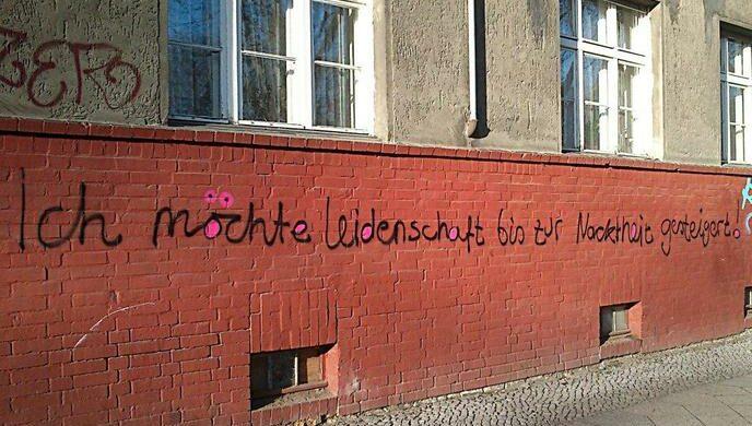 Sprüche Hauswand Berlin Urban Poetry