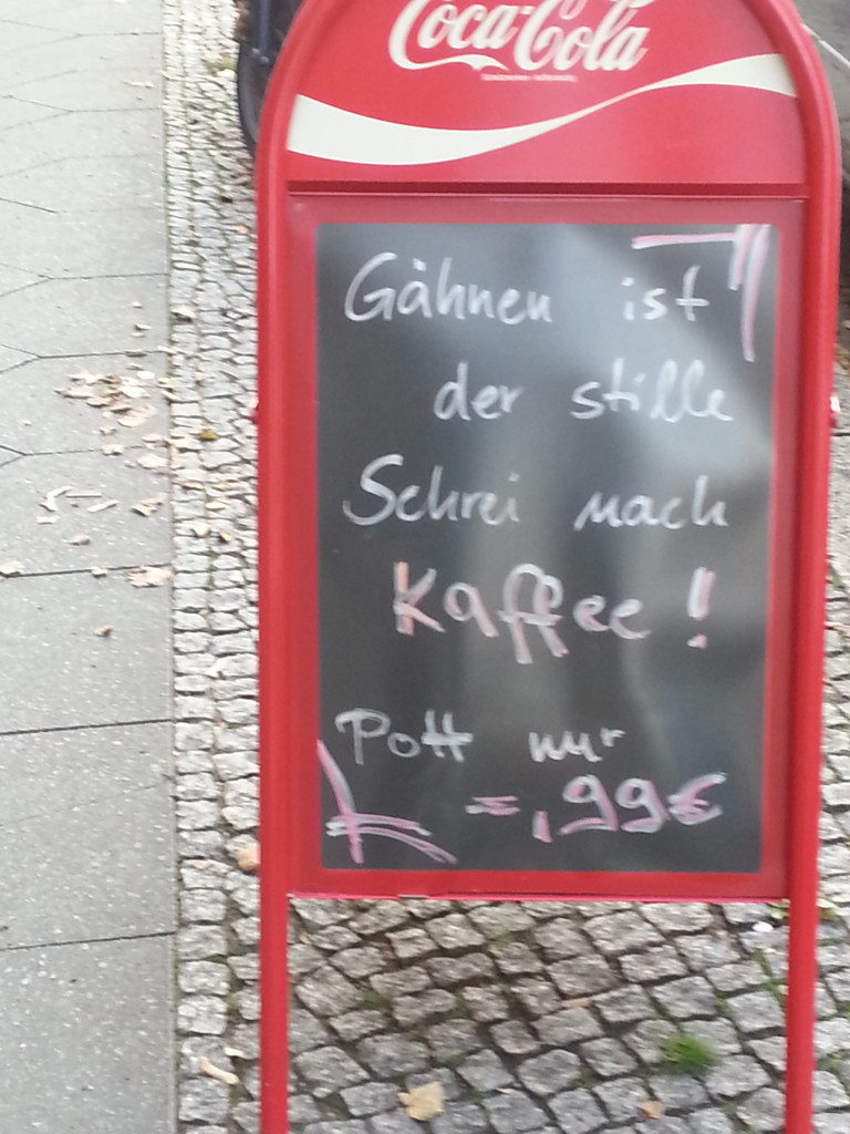 AA KAFFEE Langhansstr_Weissensee_Tafel-Message_Wieland