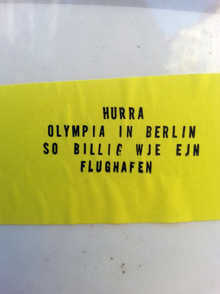 AA OLYMPIA Bushaltestelle Amtsgerichtsplatz_Maria Rot