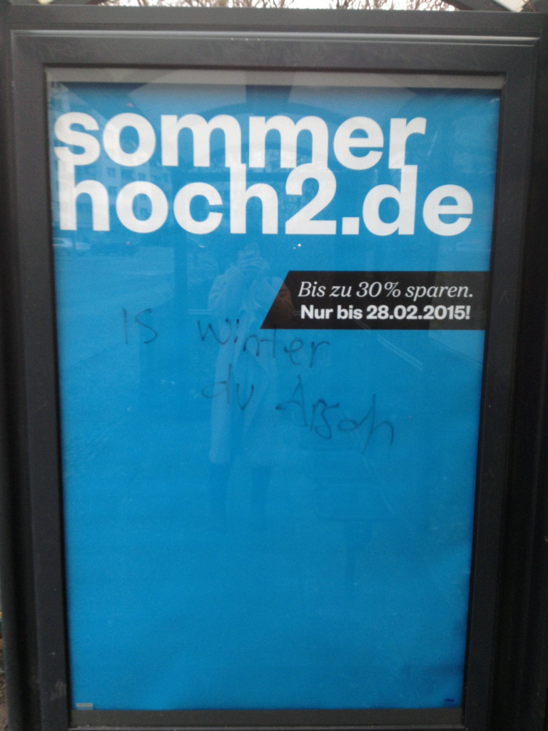 WINTER AA Potsdamer Platz_ADBUSTING_Janin
