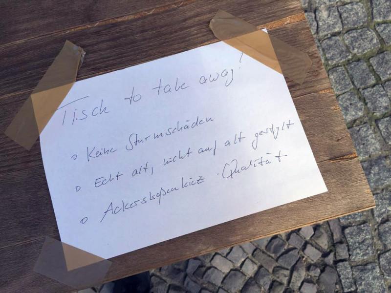 Tisch zu verschenken Berlin