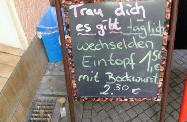 Eintopf mit Bockwurst in Berlin Restaurant-Tipp