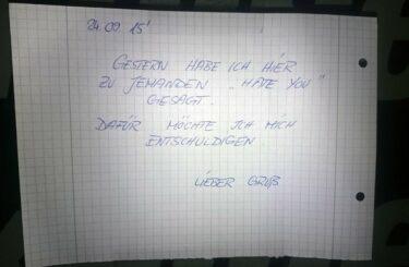 Reue zeigen sich entschuldigen mit Zettel Berlin Notes of Berlin