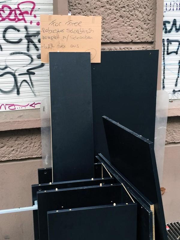 In Berlin auf die Strasse stellen Recyclinghof Berlin