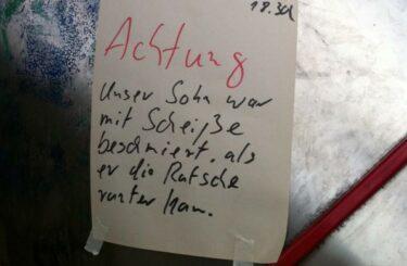 Kinderspielplatz Berlin dreckige Spielplaetze in Berlin Sauberer Kinderspielplatz in Berlin