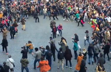 Dance Flashmob Grand Place Brussels
