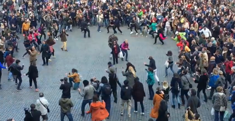 Dance Flashmob Grand Place Brussels