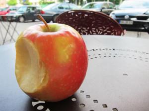 Apfel_statt_Iphone