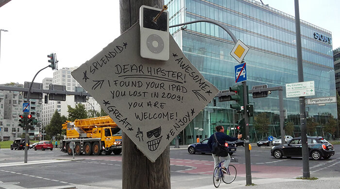 Hipsters Apple Products Berlin