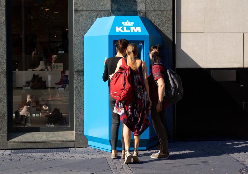 KLM_ATM_1