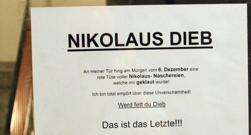 nikolaus in berlin wenn einem die nachbarn die. Black Bedroom Furniture Sets. Home Design Ideas