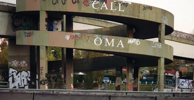 Corona Oma anrufen