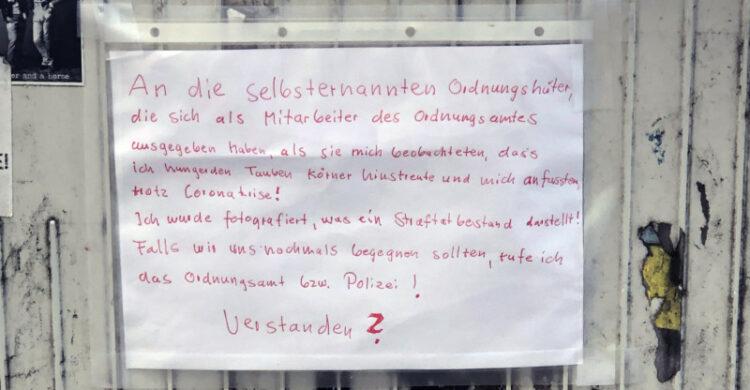 tauben füttern berlin